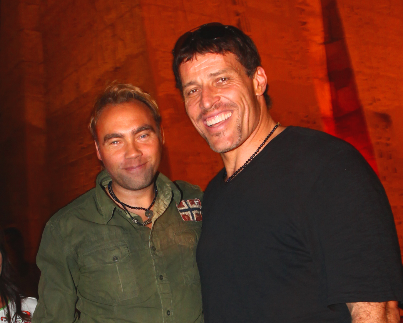 Tony Robbins and Johan Ernst in Cairo