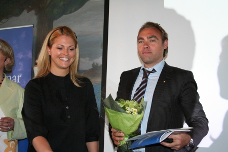 Princess Madeleine thanks Johan Ernst for the event